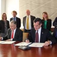 Mayors Signing